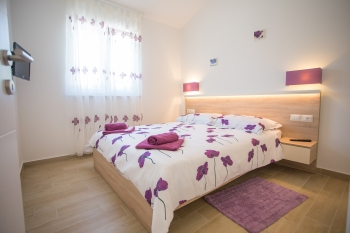 Villa Birikin purple A/2: